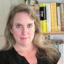 Cathy T. - Published Journalist, Writer, Professional Editor