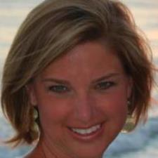 Caryn W. - Certified Middle School ELA Teacher with a Master's Degree in Reading