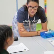 Tutor M.A. + Bilingual Certified Teacher (Spanish + English)