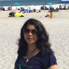 Shradha S. - Experienced Maths Teacher with Master's Degree in Mathematics