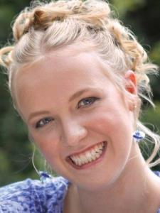 Abby S. - Tutor who Loves Math, Physics and Economics