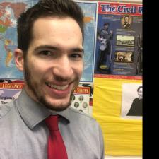 Zachary W. - Experienced Teacher Specialized in Social Studies