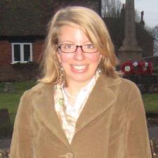 Alison M. - ESL & Science Teacher with International Experience