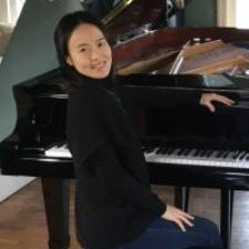 Yinyu L. - full time piano instructor and pianist