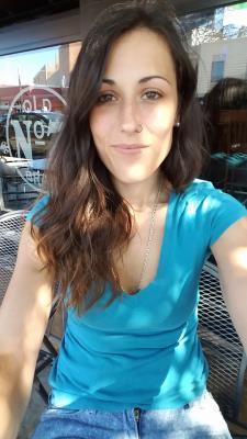 Julia R. - Native Spanish (Spain) teacher/tutor-experience teaching at Univ)