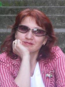 Elena P. - I am experienced in  Russian Language, World Literature, Art History