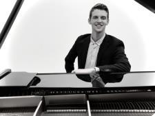 Professional Pianist & Music Theory Teacher