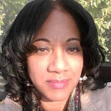 Robyne R. - Experienced English/ESL Instructor