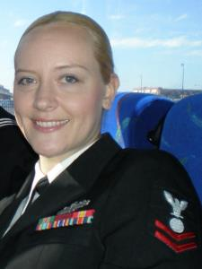 Robyn Reatha P. - Single mom and Navy girl wanting to help