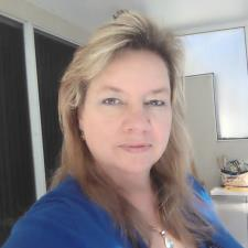 Elizabeth C. - Patient and Knowledgeable Middle & High School Science Tutor