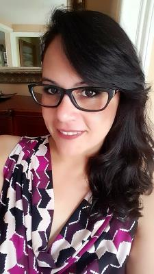 Xiomara M. - Language Tutor