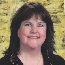 Tutor Kind teacher, award-winning journalist eager to help you excel