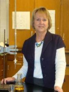 Carol G. - Chemistry Tutor: High School and 1st year College  (On-line available)