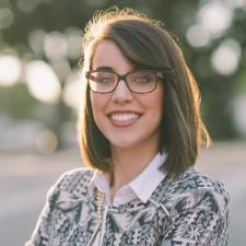 Laura B. - Experienced tutor & professor taking on more students!