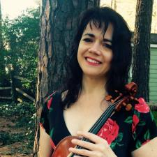 Gina O. - Specialized in Italian, Portuguese, French and violin