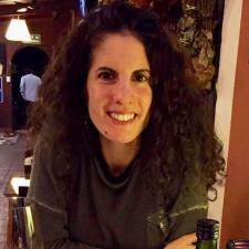 Pauline F. - French tutor/translator with background in journalism