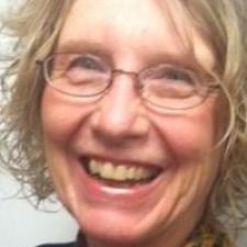 Carol W. - Experienced Writing Coach and English Tutor