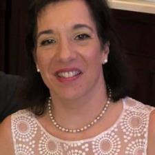ANTONIA D. - Expert tutor for SAT R/W, SSAT, ISEE,  English and Latin