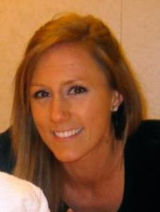 Andrea V. - Experienced Elementary Teacher with Master's Degree from UNC-CH