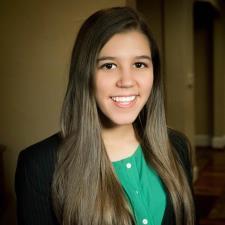 Julia F. - Experienced High School Tutor Specialized in Portuguese & English