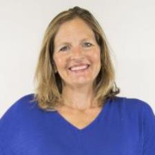 Natalie L. - Creative Tutor For Preschoolers Through Adults - Masters in Education