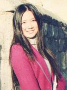 Yiwen W. - Experienced language teacher both in Chinese and English