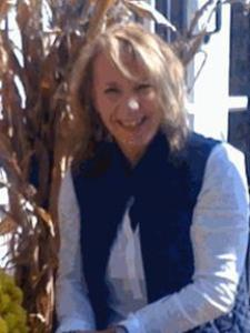 Karen W. - Enthusiastic and Experienced ESL tutor!  I love teaching English.