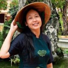 Tutor A Vietnamese native speaker and a PhD from the University of Wisconsin
