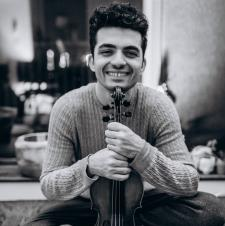 Tutor I am a professional concert violinist, musician and Russian speaker.