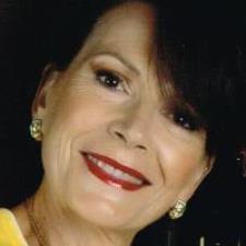 Amalia B. - Highly qualified mother tongue Italian Instructor.