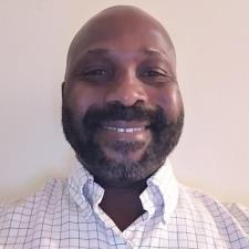 Ronnell M. - I'm Ronnell. I love teaching and enjoy watching students succeed.