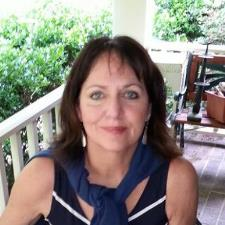 Mary Susan G. - Experienced English tutor with Masters in Psychology
