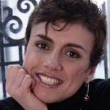 Antonella C. - Italian native speaker - language lessons; + career development coach
