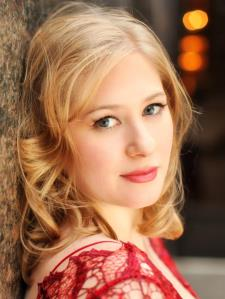 Lilla H. - Juilliard Trained - VOICE, PIANO, ACTING