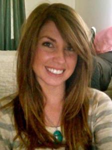 Kelly R. - UCLA Graduate, American Sign Language Specialist