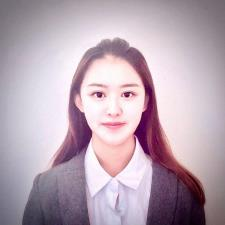 Zoe W. - Native Chinese speaker currently working in US