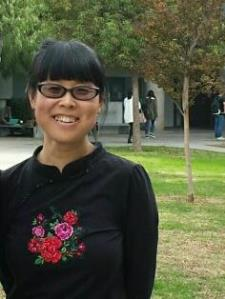 Hui G. - Professional interpreter with language teaching experience