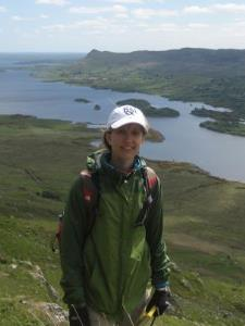 Julia S. - A working professional interested in helping with geology work
