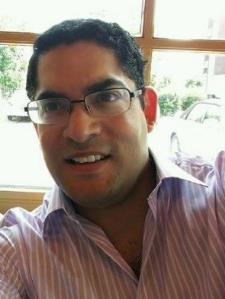 Camilo P. - Experienced, Friendly English Tutor with 10+ Years of Experience