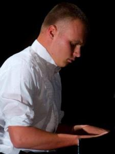 Travis S. - Teaches Composition and Piano performance!