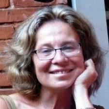 Olga K. - Experienced language tutor specializing in French and Russian