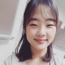 Yeeun J. - Friendly and loving teacher (Miss Rachel)
