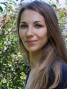 Anna K. - Creative Russian Tutor