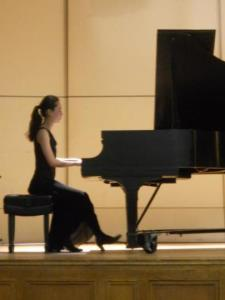 Emi O. - Interested in learning piano? Japanese? Need help with English/Math?