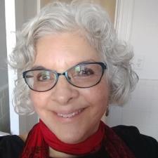 Elizabeth N. - Skilled, encouraging Spanish tutor/teacher with extensive experience