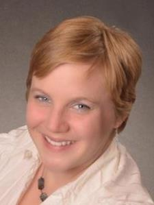Elizabeth W. - Experienced Historian