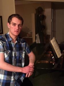 Spurgeon R. - I'm Spurgeon, traveling piano teacher in the Santa Clarita area.