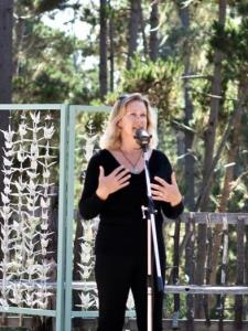 Zette H. - Become a powerful presenter, public speaker, and storyteller