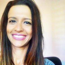 Amanda F. - Portuguese Tutor/ Translator!