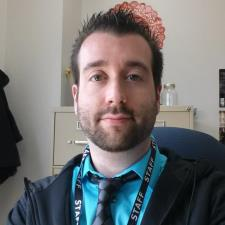Andy S. - Iowa native - ISU graduate who enjoys Biology, Science, and Education.